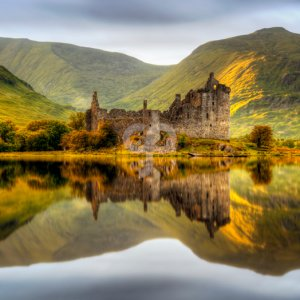 stroop-kilchurn castle reflections in loch awe at sunset scotland-20